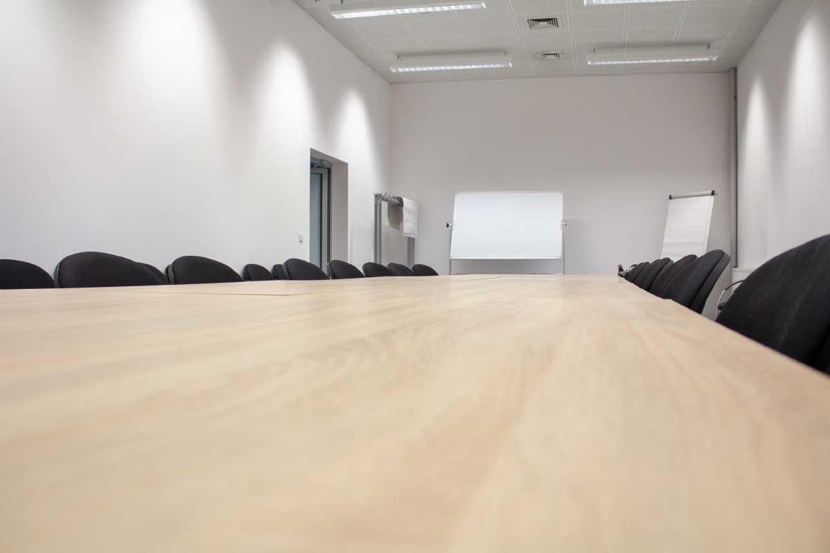 Poznaj zaplecze biurowe Hali Nowa 7